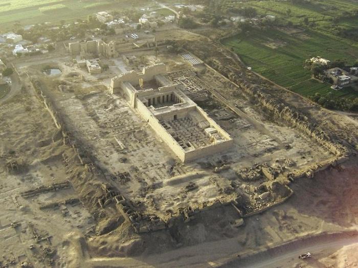 Храмовый комплекс Мединет-Абу